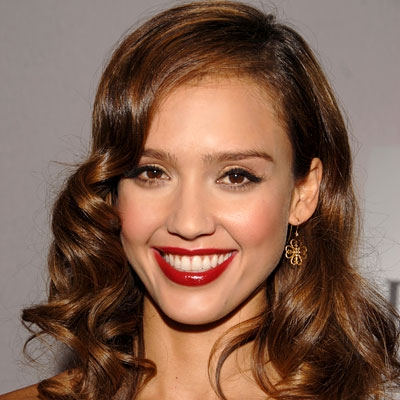 jessica alba eye makeup. Makeup – If your lips are red,